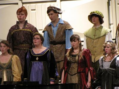 Madrigal singers offer dinner and music