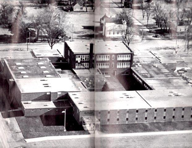 An+old+photo+of+SFHS+from+a+yearbook+shows+how+much+the+school+has+changed.+This+is+SFHS+when+it+was+in+the+same+location+as+St.+Francis+Middle+School.