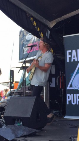 False Puppet at Warped. These guys rocked the stage.